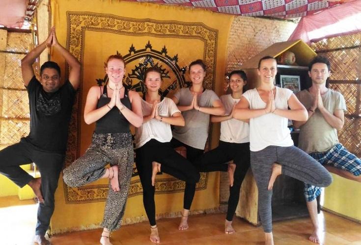 Yoga Lea LeMang